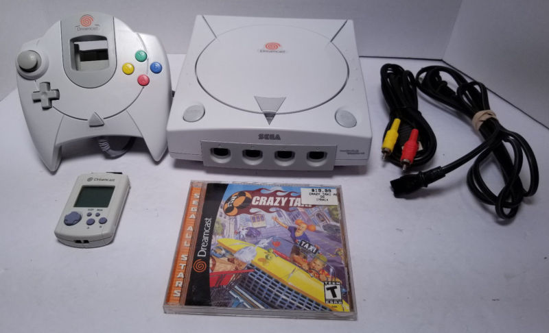 Sega Dreamcast w/ Crazy Taxi, controller, VMU Tested /// Plays